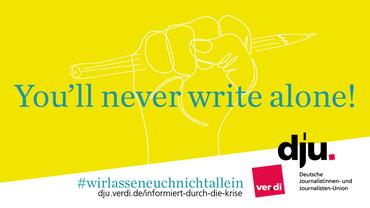"""Text """"You'll never write alone"""" auf gelbem Hintergrund und vor einer Illustration einer geballten Faust mit einem Stift in der Hand."""